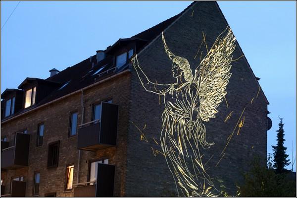 Ангел, нарисованный светом