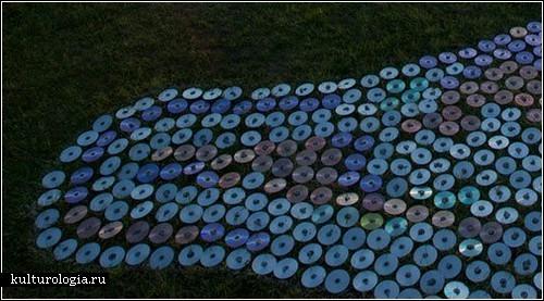 Море из компакт-дисков