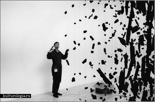 Замершие взрывы в инсталляциях Корнелии Паркер