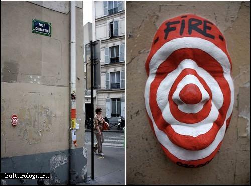Гипсовые лица на стенах Парижа: стрит-арт от Gregos