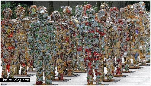 Армия, состоящая из мусора. Арт-проект ХА Шульта