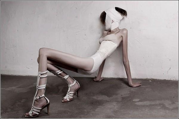 Худоба девушек на фото - результат цифровых манипуляций