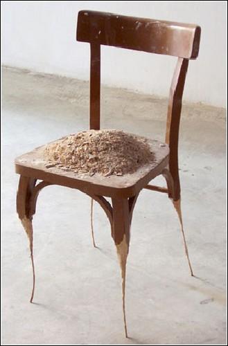 Размышления об общественной структуре в инсталляциях Жайме Питарча