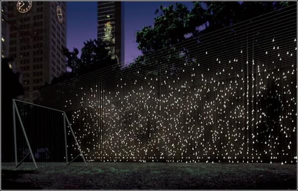Рассеянный свет: инсталляция из мерцающих лампочек в Madison Square Park