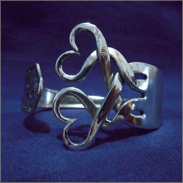 Браслет из серебряной вилки
