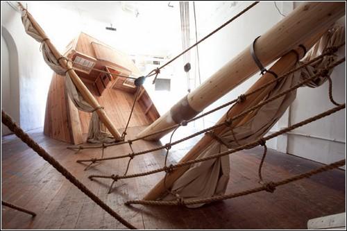 «Морская нимфа»: инсталляция-кораблекрушение Джоша Бекмена