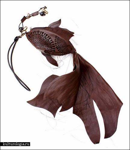 Сумочки в виде рыб и насекомых от Лизы Фармер
