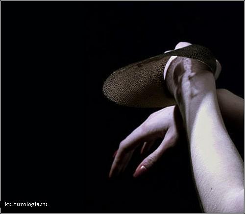 «Теневые» аксессуары Маико Такеда