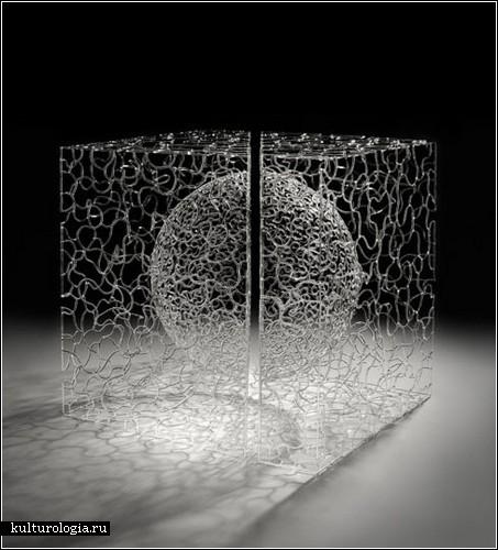«Matrix Series» - стеклянная паутина от Брента Ки Янга