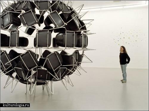 «Черная дыра» и «Мертвая звезда» Мишеля де Бруэна