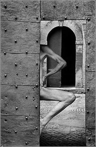Человеческое тело сквозь объектив фотоаппарата Арно Рафаэля Минккинена