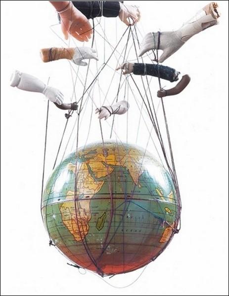 То ли скульптуры, то ли коллажи… В«АssemblagesВ» от Полли Беккер