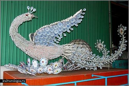 Вьетнамские скульптуры из посуды
