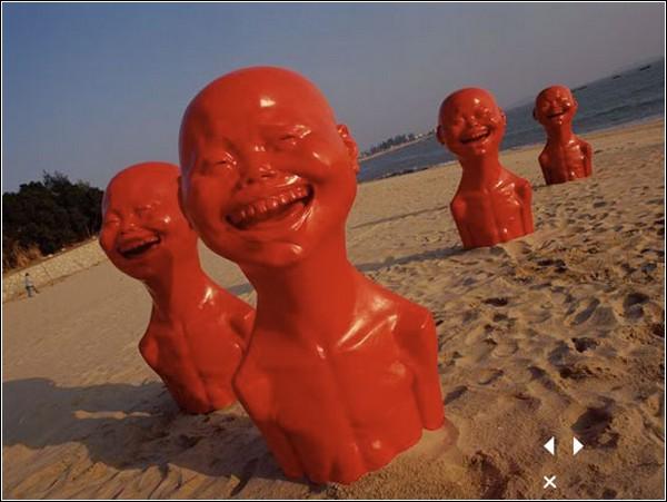 Одна из инсталляций проекта Red Memory