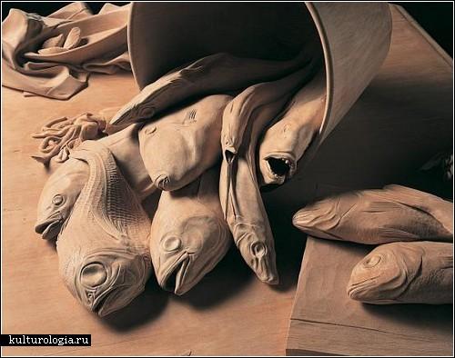 Деревянные скульптуры Рикки Своллоу