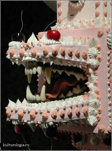«Страна тортов»: сладкая инсталляция Скотта Хоува