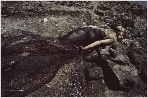Фотосессия, посвященная утечке нефти. Стивен Мейзел для Vogue Italia