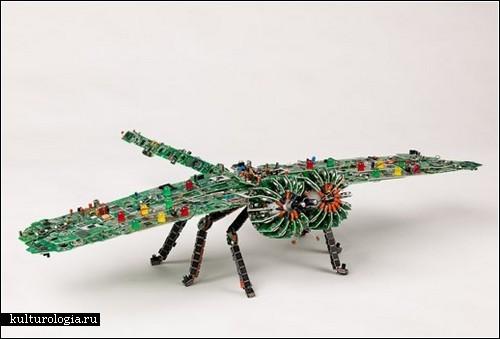 Скульптуры из электроники от Стивена Родрига