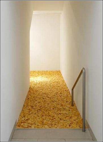 Продуктовые горы в инсталляциях Томаса Рентмайстера
