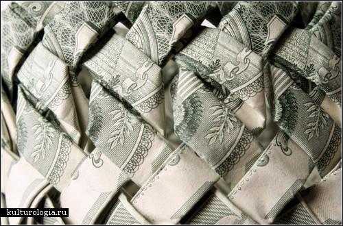 Украшения из денег от Tine De Ruysser