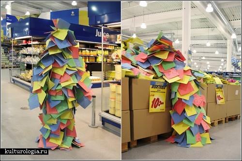 Камуфляж в супермаркете. Перфоманс от Sabina Keric и Yvonne Bayer