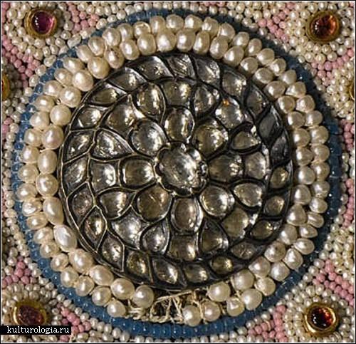 ��������� ����� ������ (Baroda carpet), �������� ���������� ����������� ������, �������� �� �������� Sotheby