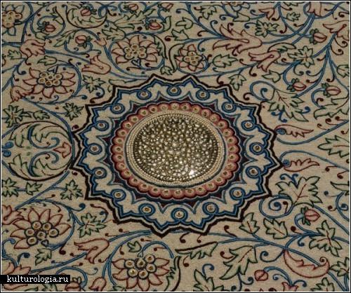 Индийский ковер Барода (Baroda carpet), покрытый миллионами драгоценных камней, выставят на аукционе Sotheby