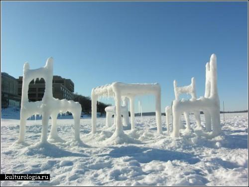 Мебель изо льда и снега