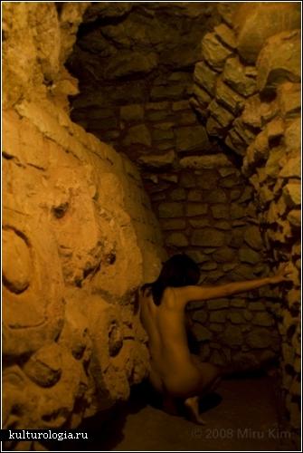 *Naked City Spleen*. Обнаженные города в фотопроекте Миру Ким (Miru Kim)