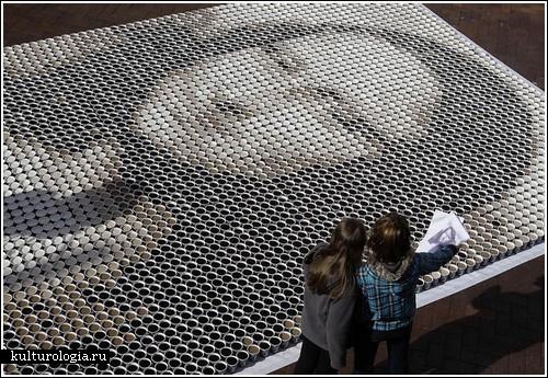 Мона Лиза из более чем 3,500 чашек кофе