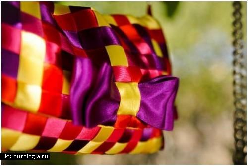 Шелковые наряды от Josie la Baronne