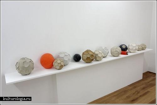Инсталляция «Нет идеальных игр» от Pravdoliub Ivanov