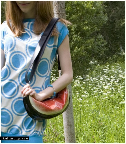 Сладкая вкусная сумочка-арбуз