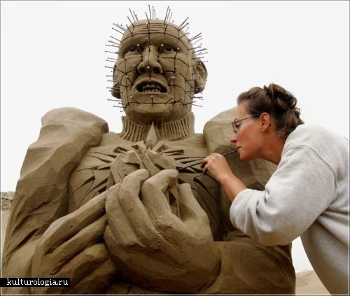 Пинхед из песка