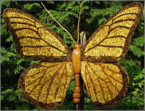 Бабочка (скульптор David Roger)