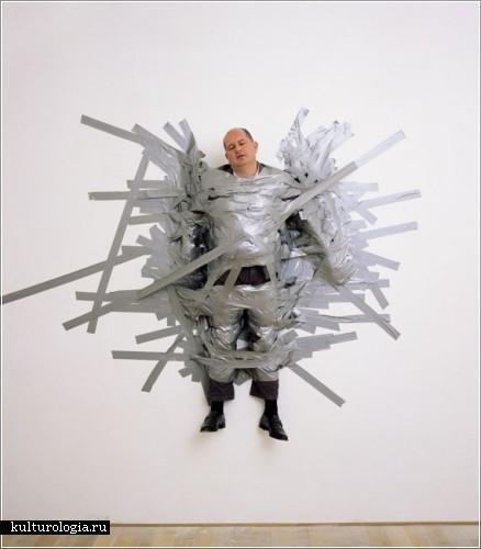 Скульптуры и инсталляции Маурицио Каттелана (Maurizio Cattelan)