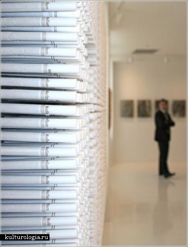 Инсталляция из сигарет художника Хуана Карлоса Рохаса  (Juan Camilo Rojas)