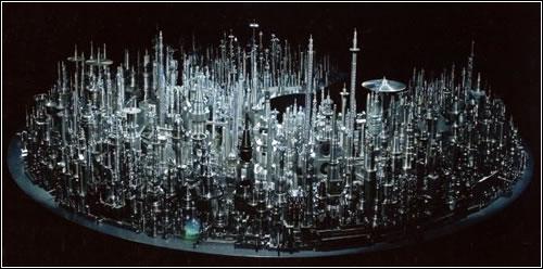 «Город из хлама». Автор Enoki Chu