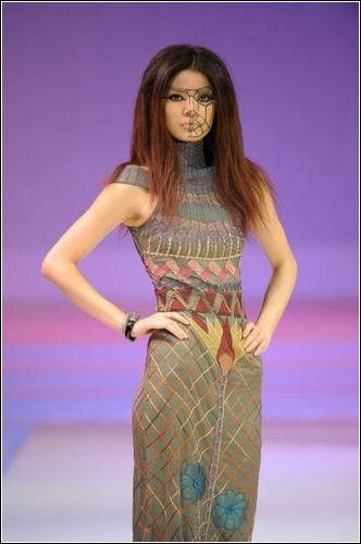 Коллекция индонезийского дизайнера Ika Butoni, Hong Kong Fashion Week