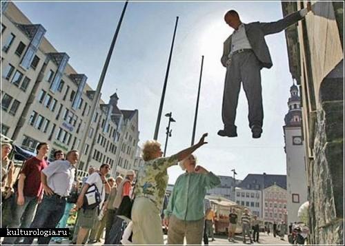 Уличный перфоманс от Johan Lorbeer