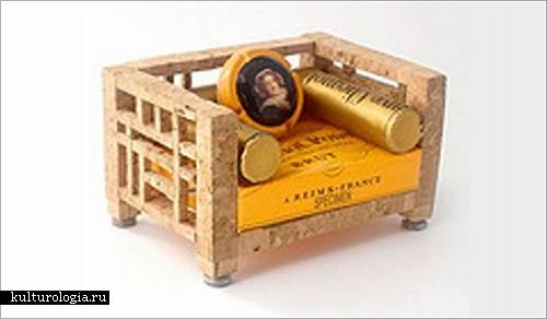 Миниатюрная мебель из бутылочных пробок