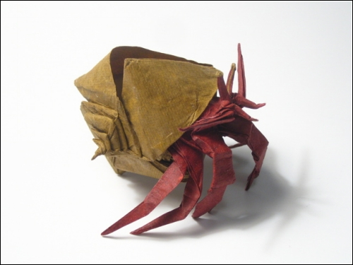 Скульптура рака-отшельника в исполнении  Brian Chan