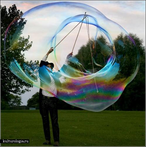 Искусство создания мыльных пузырей от Сэма Хита (Sam Heath) по прозвищу Сэмсэм Мыльный Пузырь