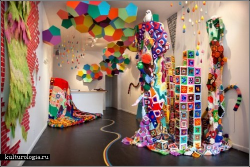 В'язане скульптурне шоу Сари Моли Ньютон Апплбаум