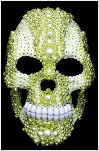 Украшенные черепа от Эми Саркисян