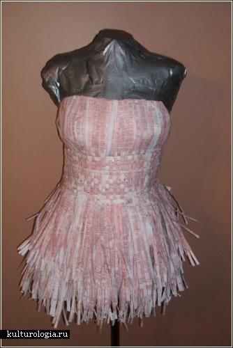 Платье из налоговых деклараций от Britt Savage
