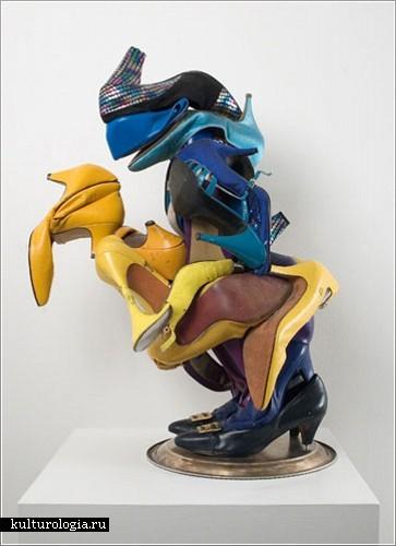 Инсталляции из женских туфель от Уилли Коула(Willie Cole)