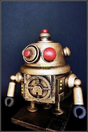 Робот из дерева в стиле стимпанк. Автор: SpaceBoyRobot
