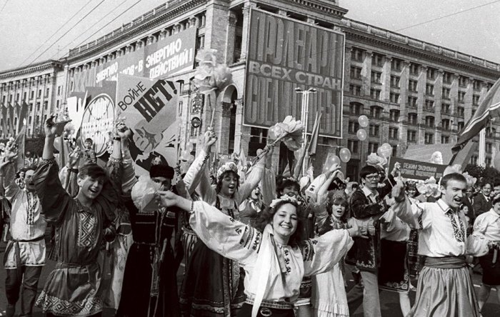 Последние годы советского Киева на фотографиях неизвестного фотографа.