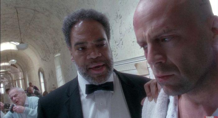 Кадр из фильма «12 Обезьян (1995).»